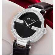 Часы Interlocking G large diamonds steel