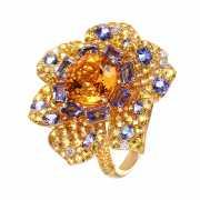 Кольцо из золота 585 пробы с бриллиантами, сапфирами, танзан...