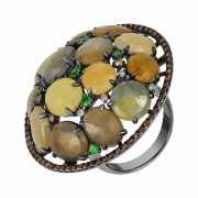 Кольцо из черного золота 750 пробы с корундами, бриллиантами...
